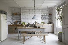 cuisine bois peint 20 idées déco pour une cuisine grise deco cool com