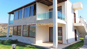 2 bedroom houses for sale in bodrum with private garden