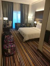 chambre de luxe avec chambre deluxe avec balcon picture of dusitd2 kenz hotel dubai
