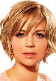 pictures of short wavy hairstyles for round faces