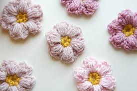 Tiny Flower Crochet Pattern - caught on a whim sneak peek mollie flower power