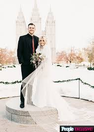 wedding hair stylist nyc witney carson is married check out the dwts pro s gorgeous wedding