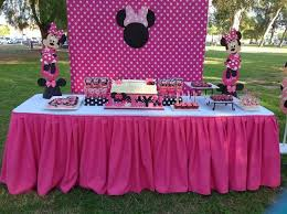 Minnie Mouse Table Covers Best 25 Minnie Mouse Party Decorations Ideas On Pinterest