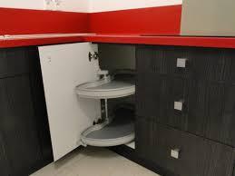 tourniquet meuble angle cuisine tourniquet meuble cuisine rangement interieur meuble cuisine