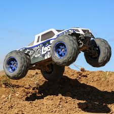 rc monster truck videos losi rtr 1 8 lst 3xl e 4wd monster truck video rc car action