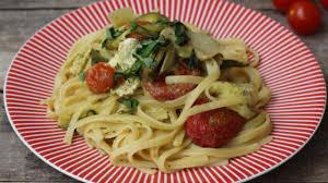 cuisiner chignons de frais a la poele les one pot pasta de cuisine actuelle plats cuisine vins