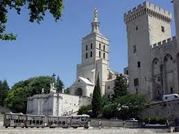 cuisine avignon cuisine and specialties of avignon for gourmets where to eat in