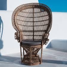 fauteuil de la maison seniorscopie fauteuil emmanuelle maisons du monde