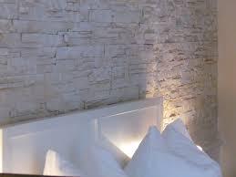 Wandgestaltung Schlafzimmer Bett Wandgestaltung Schlafzimmer Effektvolle Ideen Wandgestaltung