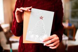 gift giving etiquette for the holidays reader u0027s digest