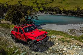 jeep rally car 2018 jeep wrangler confidently drives a tightrope automobile