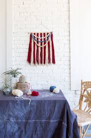 American Flag Wall Hanging Show Off Your American Spirit With Diy 4th Of July Crafts