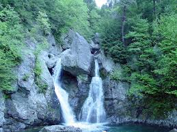 Massachusetts waterfalls images Visiting bash bish falls in massachusetts jpg