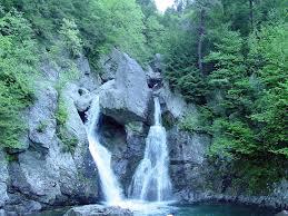 Massachusetts waterfalls images Visiting bash bish falls in massachusetts jpg