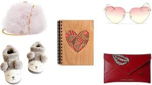 best gift for her top 20 best cute valentine s gifts for your girlfriend heavy com