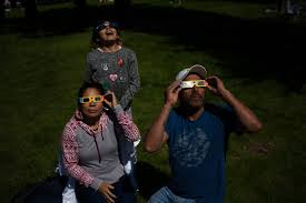 Science The New York Times Pictures From The Great American Eclipse The New York Times