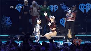 Miley Cyrus Twerk Meme - miley cyrus twerk gif find download on gifer