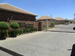 1 Bedroom Flat To Rent In Centurion Townhouses To Rent In Centurion Centurion Property Property24 Com