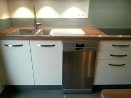 pose evier cuisine pose evier cuisine great meuble cuisine avec evier et lave vaisselle