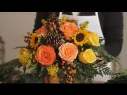 thanksgiving arrangements centerpieces how do i make a simple thanksgiving centerpiece flowers