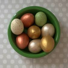 faux easter eggs how to make easy faux gilded easter eggs