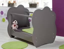 chambre bébé lit plexiglas la question du lit en plexiglas le baby doctissimo