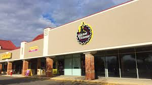 planet fitness will fill vacant storefront in falmouth falmouth