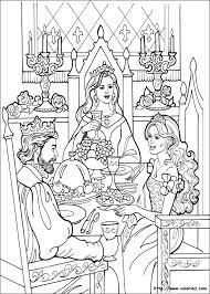 COLORIAGE  Princesse Léonora à table