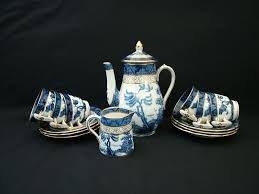 willow pattern jam pot 27 best scale bird willow china images on pinterest ladder libra