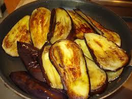 cuisiner aubergine a la poele des millefeuilles d aubergine tomate et mozzarella
