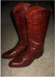 womens boots in s sizes help find a pair of s size 10 black leather joan david
