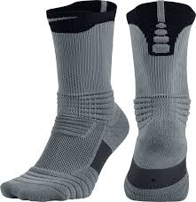 nike elite versatility crew basketball socks s sporting goods