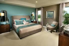 chambre bleu et taupe chambre grise et beige deco murale bleu canard et marron lit et