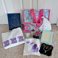sorority picture frames the big list of cheap sorority crafts and gifts