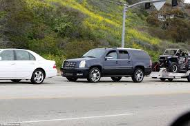 cadillac escalade towing was bruce jenner texting before fatal car crash daily mail