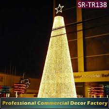 Commercial Outdoor Lighted Christmas Decorations by Christmas Tree Giant Outdoor Commercial Lighted Christmas Tree