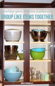 Best Way To Organize Kitchen Cabinets Best 20 Organize Kitchen Cupboards Ideas On Pinterest Pan
