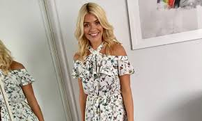 willoughby dresses willoughby looks so summery in a 60 floral midi dress