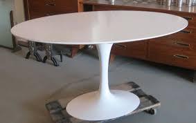 tulip table knock off 50 saarinen oval dining table replica idees