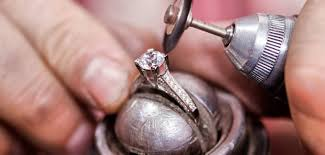 best engagements rings images Warranties matter looking for the best lifetime value for your jpg