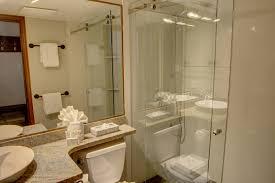 L Shaped Bath Suites Top 4 Aspens Lodge Suites With The Best Location Blackcomb Peaks
