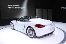 porsche boxster spyder 2016 2016 porsche boxster spyder video first look autoguide com news