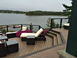 top 7 reasons to choose composite decking in oakville ontario