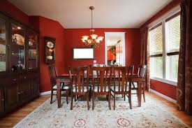 Rugs With Red Accents 24 Stunning Dining Rooms With Chandeliers Pictures