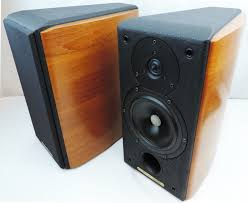 sonus faber concertino domus bookshelf speakers leatherette teak