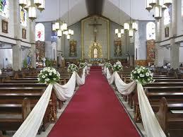 ways to decorate a church for a wedding wedding corners