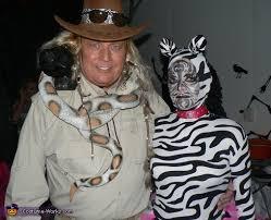 Halloween Costumes Zebra Zoo Keeper Zebra Couples Costume