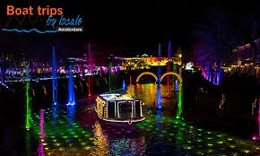 amsterdam light festival boat tour boat trips by locals rondvaart 75 min tijdens amsterdam light