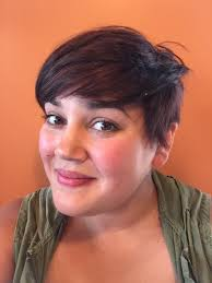 short hairstyles for larger ladies for all femme and feminine folks and all women ladies girls who
