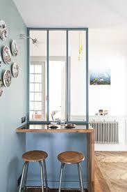 bar dans une cuisine appartement ancien rénové dans un style contemporain interiors